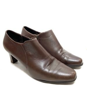 Trotters Jolie Heeled Ankle Boot Brown Leather